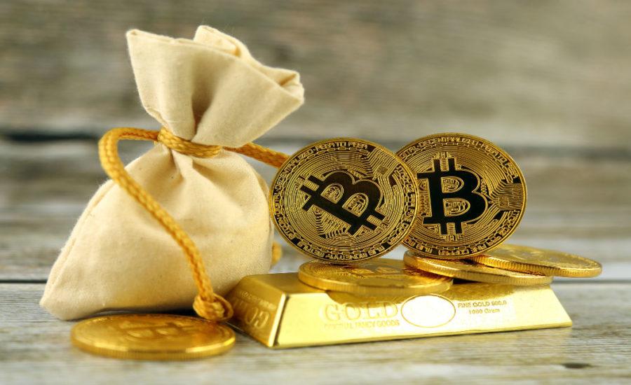 Relația recentă a Bitcoin cu bursa de valori și aurul