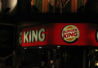 Burger King plăți bitcoin știri crypto ethereum blockchain mycryptoption