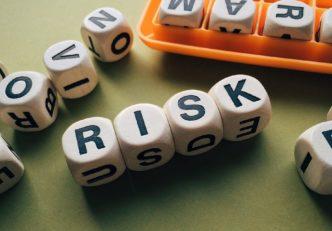 Vitalik Buterin szerint a felhasználók többsége lebecsüli a DeFi-vel járó kockázatokat mycryptoption ethereum kriptopénz