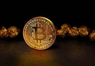aurul si bitcoin