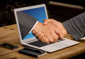 A Pantos partnerségével könnyítené meg a Raiffeisen a blokklánc operabilitás kérdését