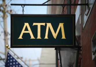 Numărul de ATM-uri bitcoin din SUA aproape s-a triplat știri crypto Majdnem megháromszorozódott a bitcoin ATM-ek száma az USA-ban