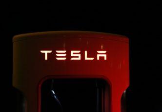 A Binance tokenizálja a Tesla részvényeket - Valódi részvény fedezet minden TSLA token mögött