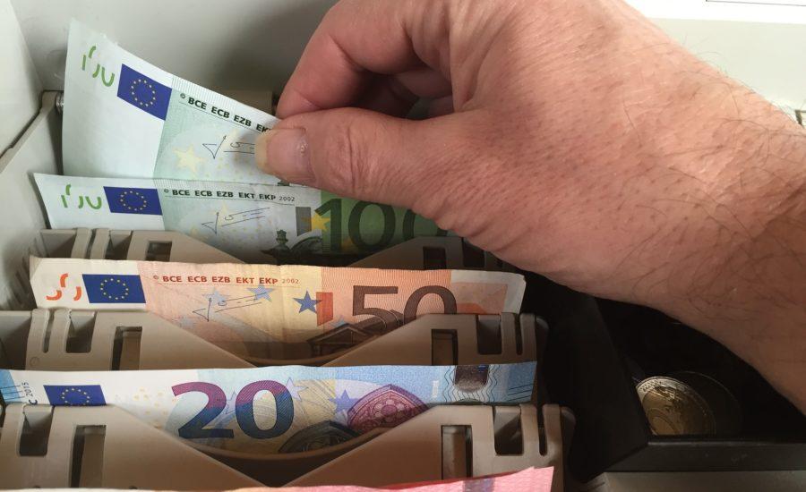 Retrageri Binance Pas cu Pas | Retrageri de Bani Fiat, Euro de pe exchange-ul Binance pe un cont bancar sau card bancar Binance Kiutalás Lépésről Lépésre | Fiat Pénz, Euró kiutalás a Binance tőzsdéről bankszámlára vagy bankkártyáre