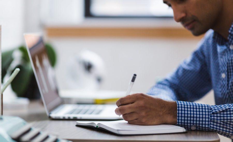 Fă propria cercetare (DYOR)| Dar cum să procedez în mod profesionist? | Vă arătăm ce trebuie să luați în considerare Végezd el a saját kutatásod (DYOR)| De mégis hogyan kell szakszerűen? | Megmutatjuk, mit kell számításba venni